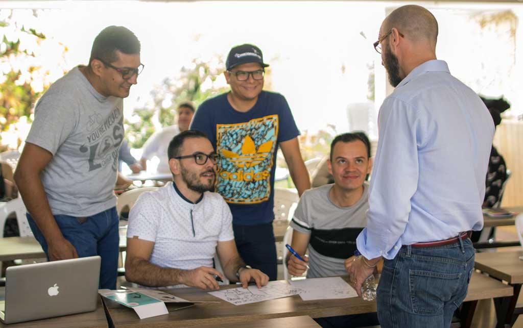 https://suricatalabs.com/wp-content/uploads/2019/07/Se-buscan-15-empresas-con-negocios-digitales-en-Bucaramanga.jpg